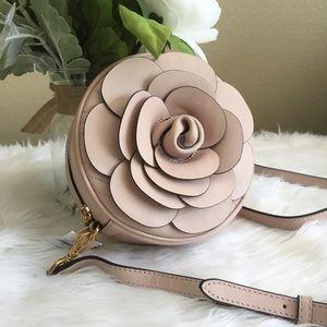 Sale ❗️Michael Kors vivianne flower Crossbody Bag
